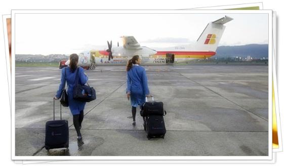 Auxiliares de vuelo con muchas historias que contar