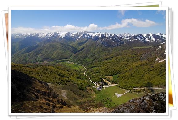 Vista de los Picos de Europa desde arriba