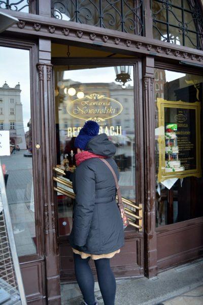 Yo entrando en el Café Noworolski