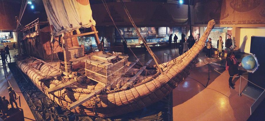 El barco de la expedición