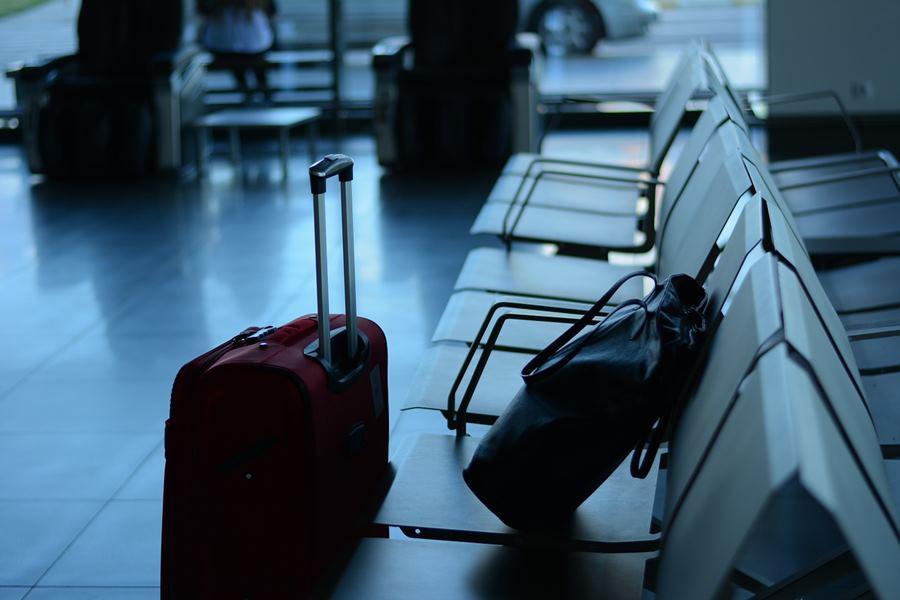 Pagar por maleta avión