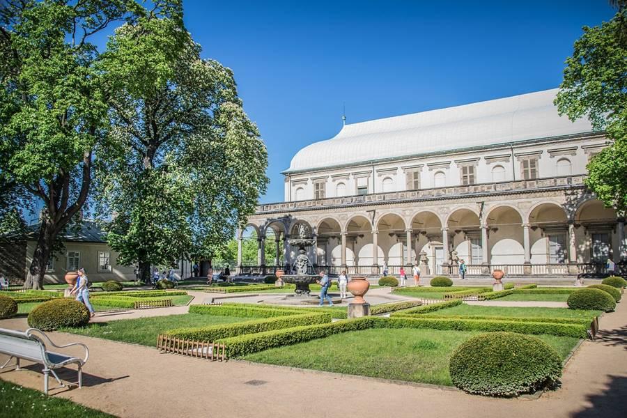 Visitar el castillo de Praga - Jardines